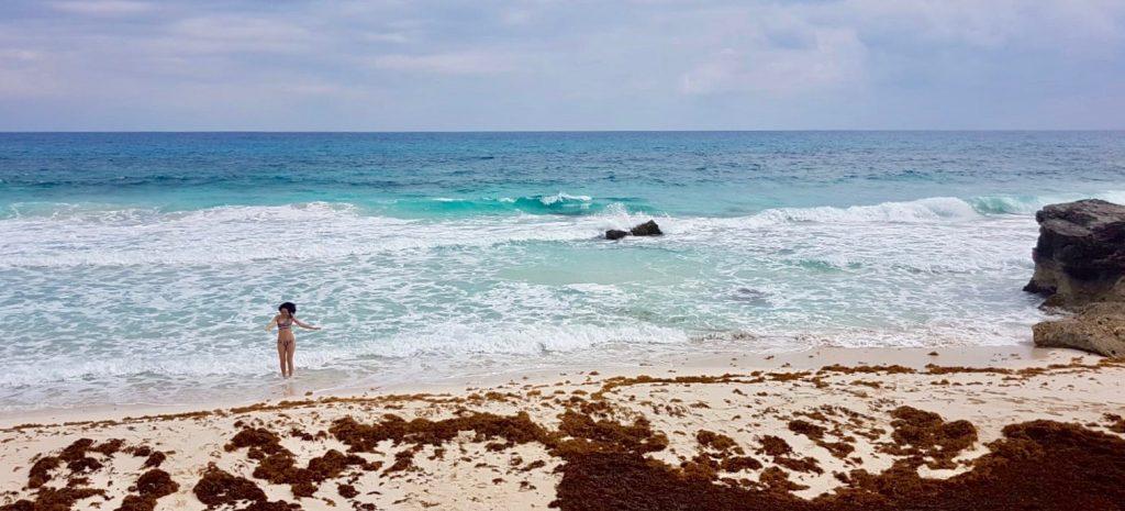 Deserted beach Isla Mujeres